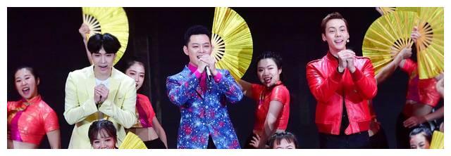 张韶涵王源杨紫,张艺兴陈伟霆,春晚舞台上你想不到的神仙同框
