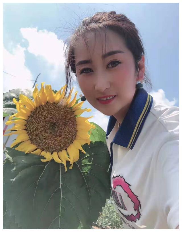 """辽宁丹东""""栗子姐""""徐春莲:将小板栗做成大产业(图)"""