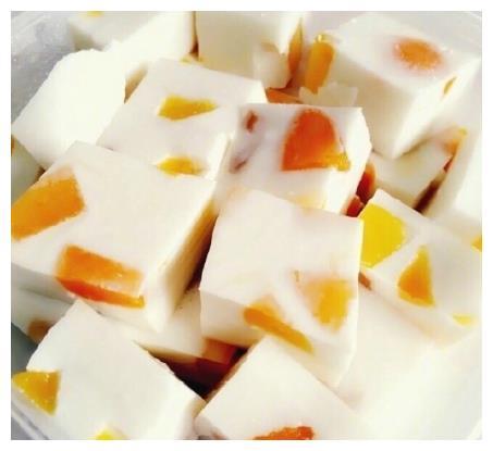 午后甜点必备:好看好吃做法简单的芒果椰汁糕~