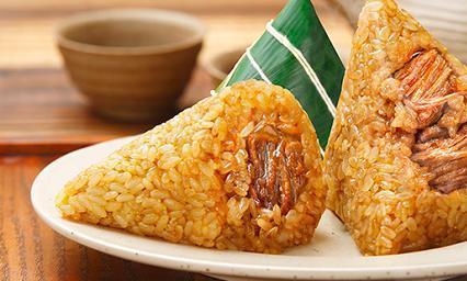 端午将至,这样做咸肉粽子,简单几步就做好,软糯咸香,吃着过瘾