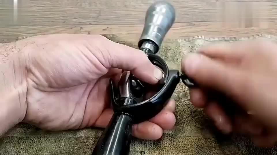 牛人恢复的这款工具已经很少人见过了,但是真的很实用!