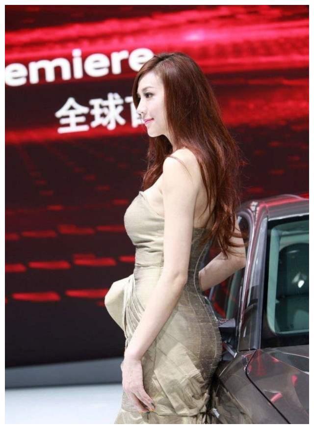 看到她,就知道大众途昂为啥卖得火了,丰田对其垂涎三尺
