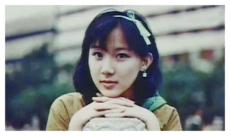 怪不得被评为台湾第一美女,看完萧蔷年轻时候的照片终于明白真相