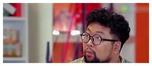 29岁的修睿刮了胡子后让人认不出,网友:胡子一刮,人设崩塌
