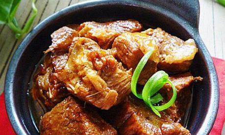 炖牛肉羊肉,如果放这2味调料,腥味越炖越重口感差!