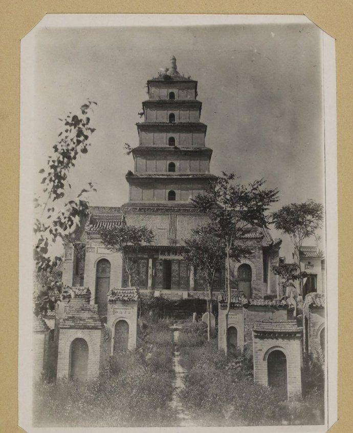 珍贵老照片,1900年代的中国的古塔,保留完好,有你家乡的塔吗?