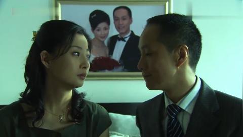 丈夫原谅妻子的不忠跟妻子重新开始共同迎接未来的生活