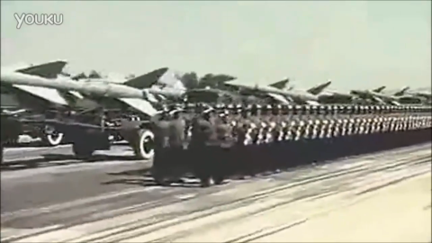 实拍中国红旗2号地对空导弹震撼霸气场面