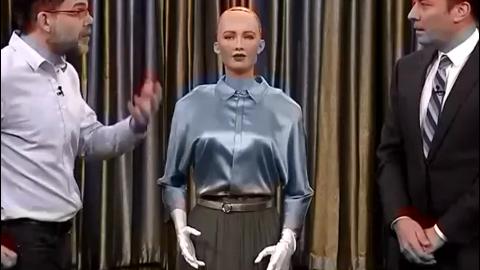 它们是具有情感能和人类交流的人形机器人?开眼界了