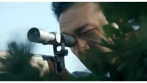 狙击手山顶架枪狙杀鬼子,一把狙击枪用的出神入化!一枪一个鬼子