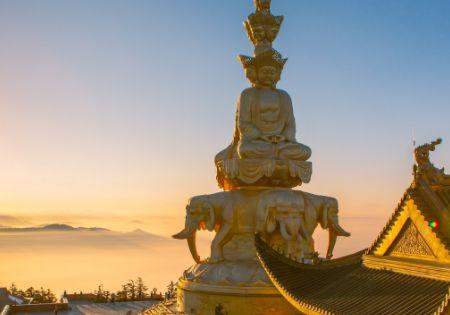 四川的佛教名山,门票高达185元,还被金庸写进小说里