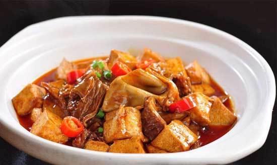 如何在家做出好吃的卤煮肥肠?只需要这简单几步,让你吃了还想吃