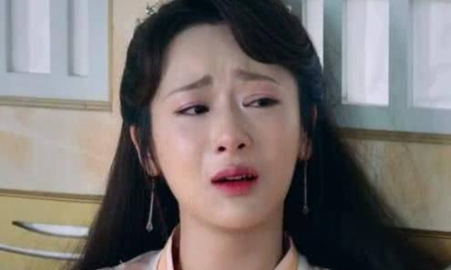 教科书式的哭戏:她眼泪说掉4颗就掉4颗,而她一部戏拿12个影后