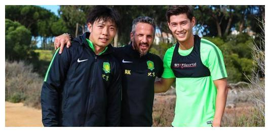 又混血又归化又在京城,可他就是踢不上球,去小球队转转会怎样?