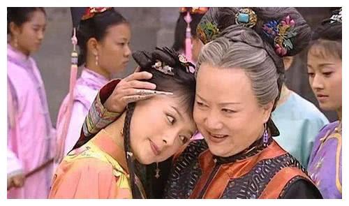 而陈知画却恰恰就是汉族出身,所以这一条就限制了陈知画的皇后之路.图片