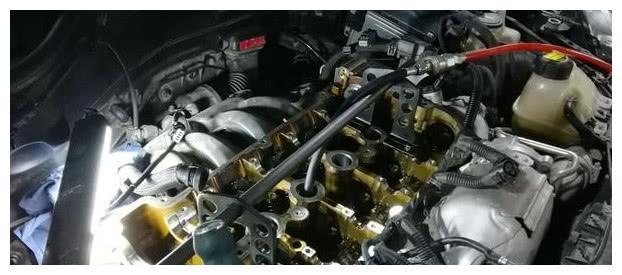 """5000公里换一次机油是""""扯淡""""?专家:不懂,发动机迟早报废"""
