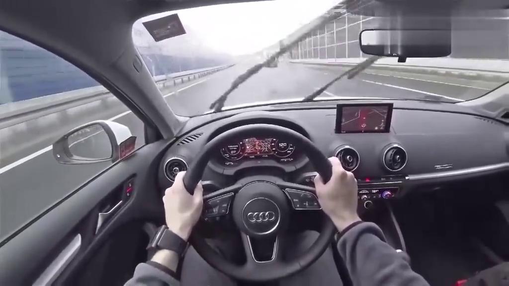 视频:奥迪A3德国高速驾驶体验