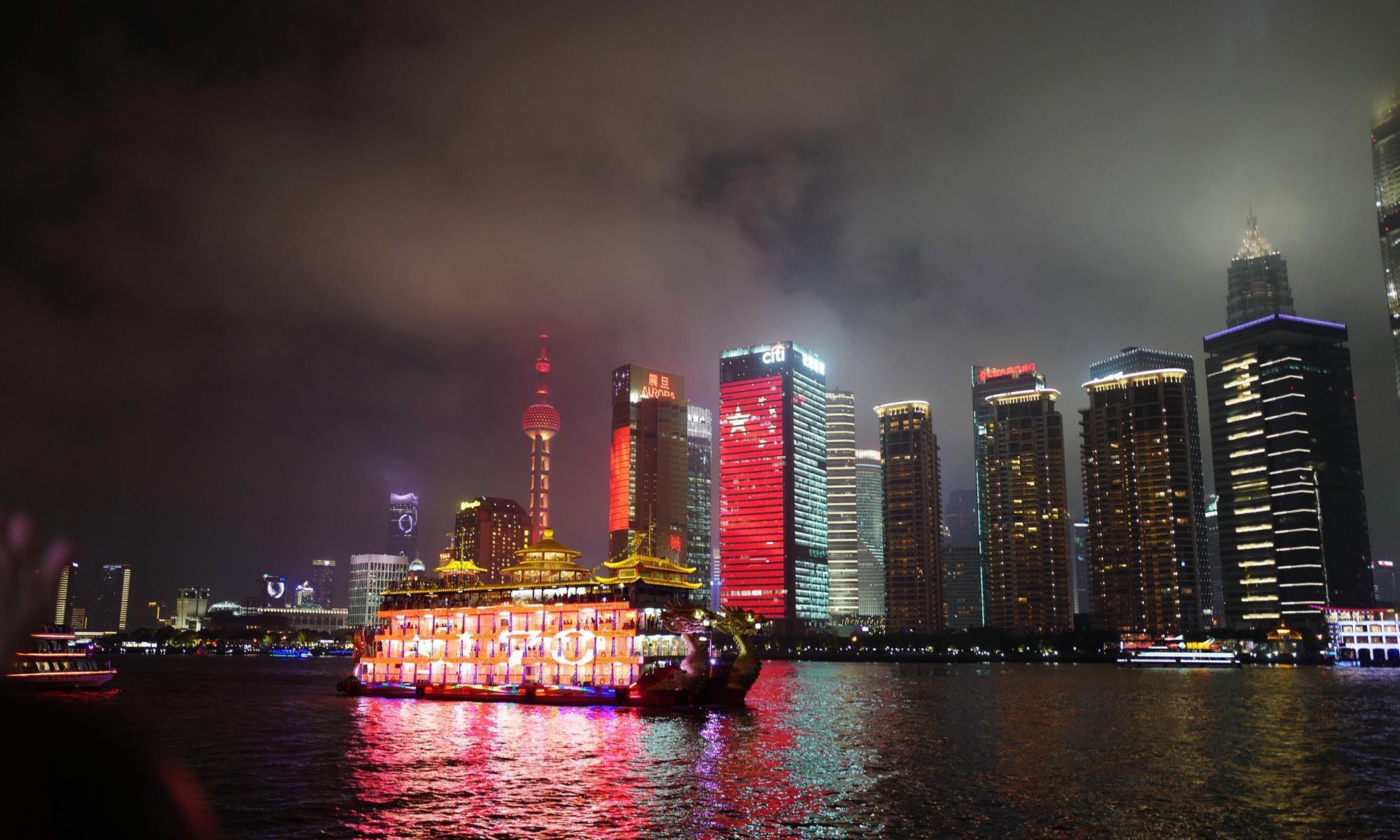 奢华之选:上海外滩英迪格酒店,享外滩壮丽江景