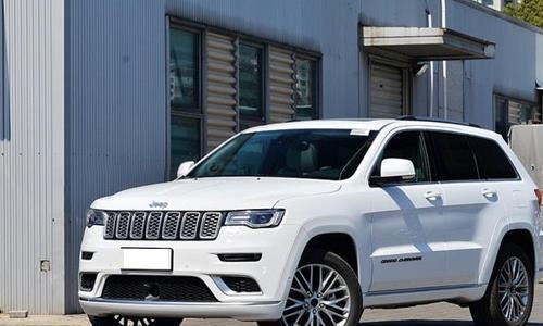 新款Jeep大切诺基上市,配置丰富越野增强,竞争普拉多、探险者