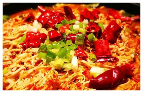 一盘素食麻辣豆丝芽菜,吃到大汗淋漓简直太爽了!