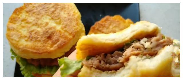 为什么别人做的汉堡好吃?原来是加了一步
