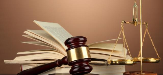 实习期高速出车祸,保险公司拒赔,法院:必须陪