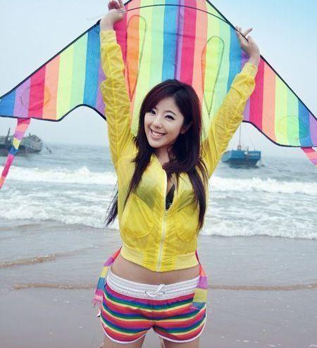 赵奕欢:花容月貌,貌美如花