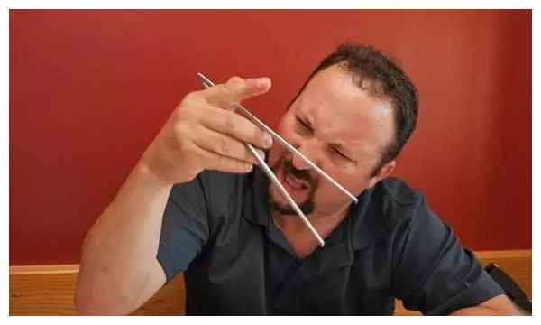 去国外游玩,使用筷子成潮流?外国人是怎么看的?
