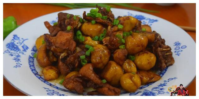 板栗烧鸡最好吃的做法,简单美味又下饭,看看你喜欢吃不?