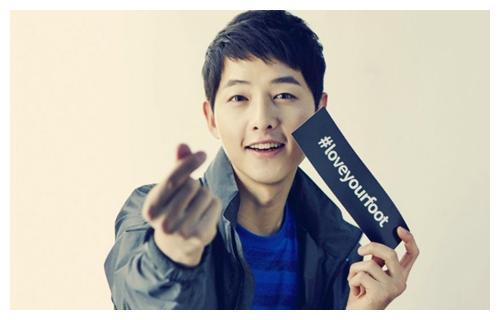 韩国最帅的四位男星,宋仲基像邻家哥哥,最后一个绝对颜值爆表!