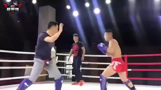 八卦掌大师上门挑战搏击俱乐部传统武术依然没有撑过10秒