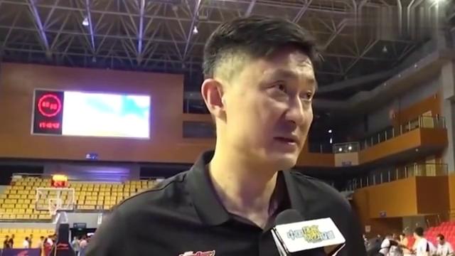 CBA季前赛广东迎首胜,赛后杜锋的采访听起来却不怎么满意