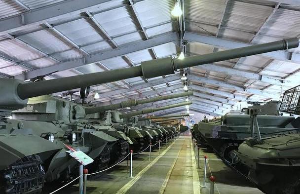 T72AB冷战时期苏军威震世界的垃圾坦克:萨沙的兵器图谱第155期