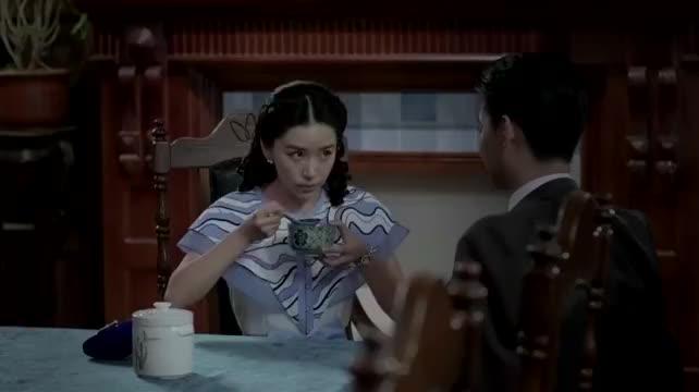 麻雀:李小男喂苏三省,陈深实在看不过去,直接把碗抢了过来!