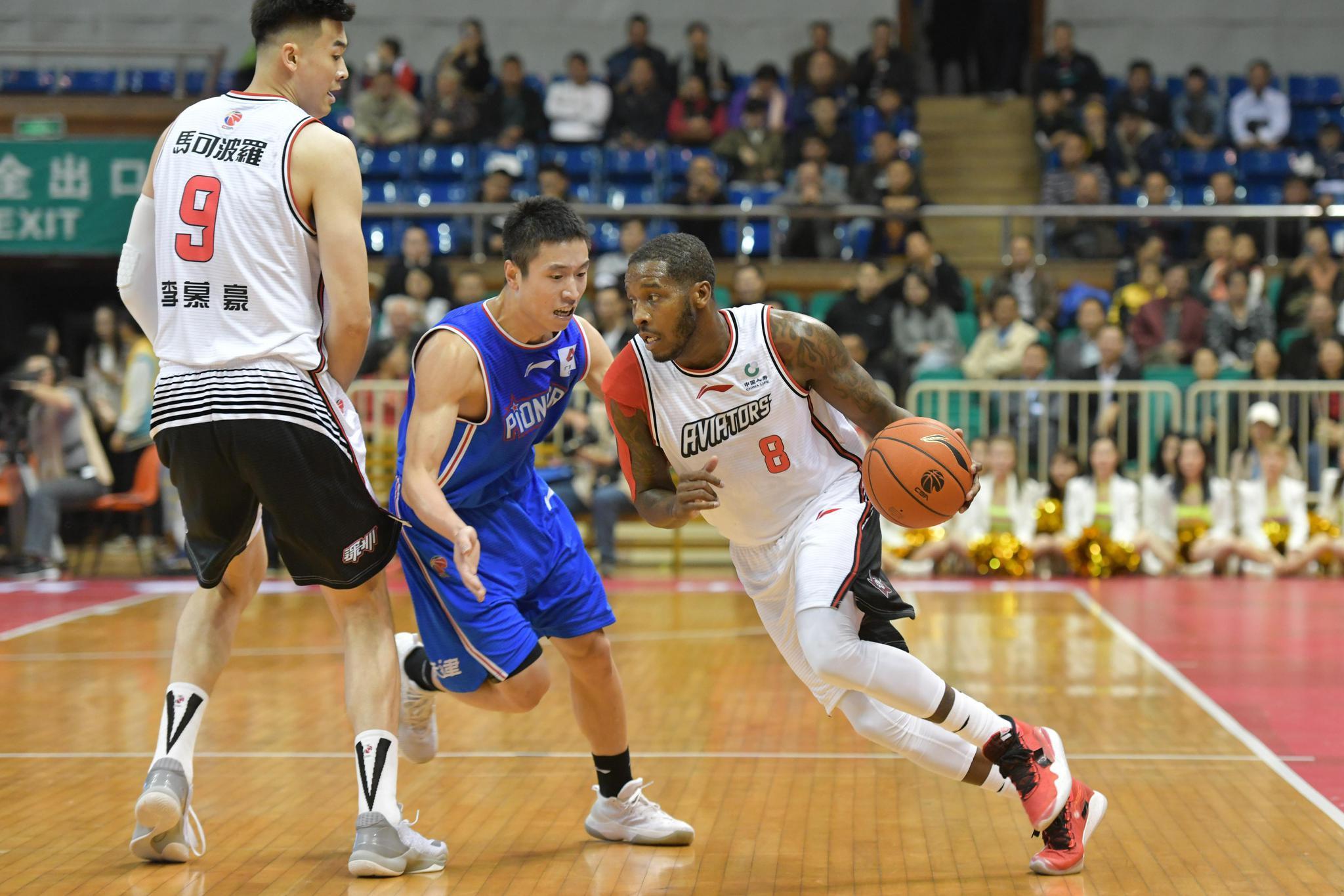 篮球——CBA常规赛:深圳马可波罗队迎战天津先行者队