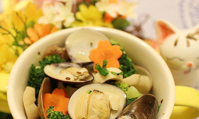 蛤蜊西兰花,鲜美无比,吃一口就停不下来