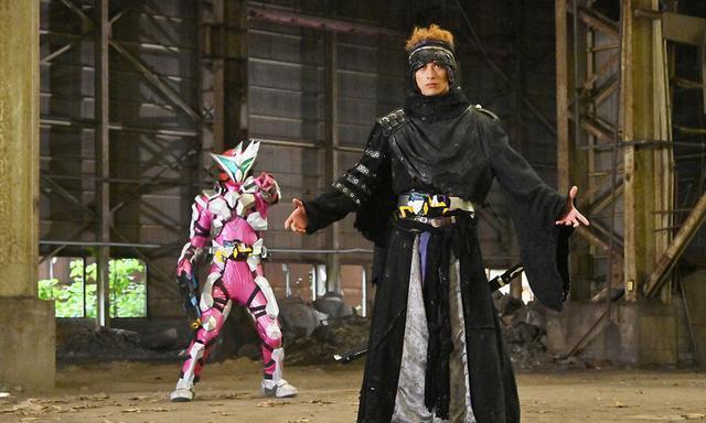 假面骑士零一:修码吉亚有意识是苗头,灭出手开始进行毁灭