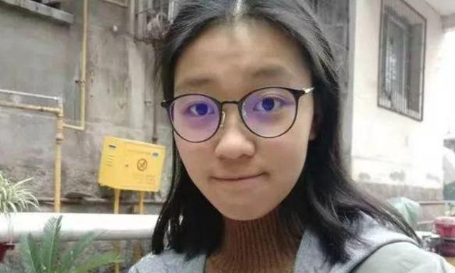 2019高考,她从重庆万州二中考进清华大学,有过挫败,一度曾放弃