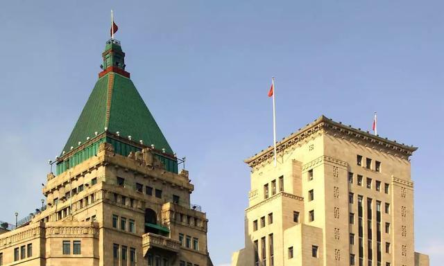 外滩中国银行楼高之谜