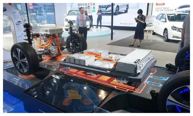 全球累计销量超过40万辆的电动车,比特斯拉还多,可惜国内没有