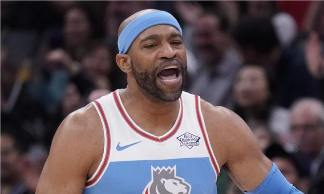 NBA/卡特最后翱翔 能打又能带新秀
