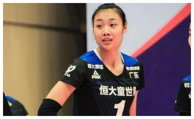 女排1米95强力接应来了!联赛1数据超张常宁,郎平未来带上她?