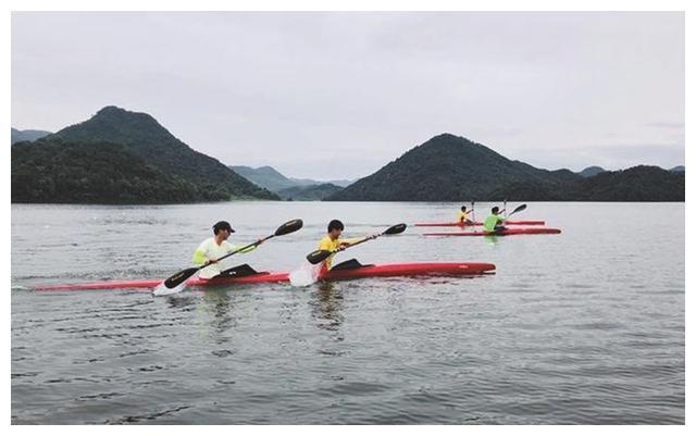 嵊州体校小将在绍兴市九运会皮划赛艇赛中创佳绩