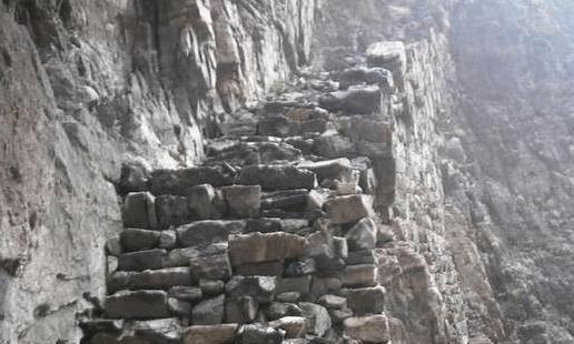 中国唯一没有公路的村庄, 与世隔绝村民却年入十万