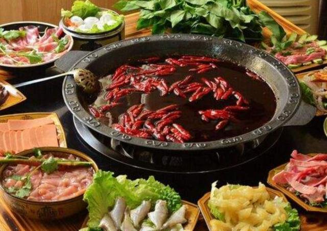 """火锅中最""""怕辣""""的蔬菜,很多人都吃不了,却偏偏都爱点"""
