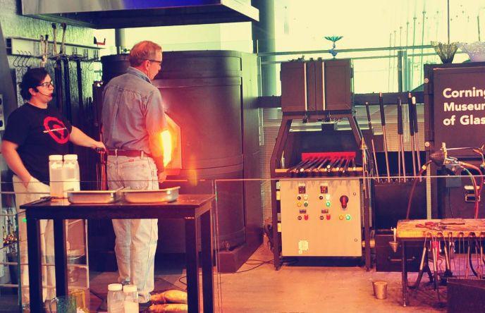 康宁玻璃中心——就像景德镇瓷器在中国的地位一样!