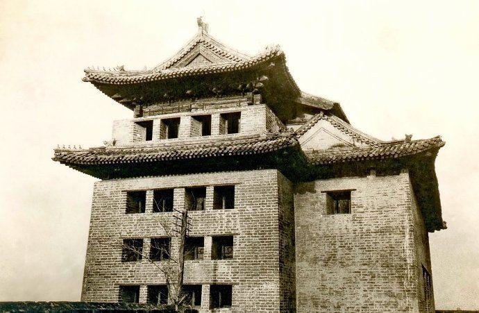北京老照片,老城门之德胜门,现已是重点文物保护单位