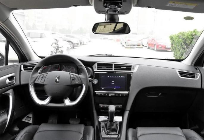 最便宜的豪华SUV, 18万的售价40万的性能, 比CRV更豪华