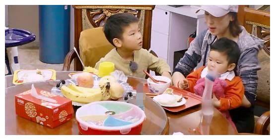 黄圣依丈夫杨子的女儿面相甜美,长的像黄圣依?亲妈是陶虹!