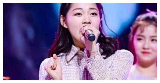 101前22强名单出意外,杨超越晋级引争议,网友:凭啥淘汰她